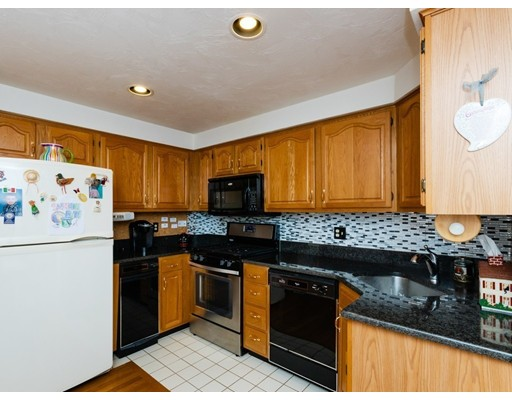 Picture 5 of 43 Merrymount Rd Unit B 12 Quincy Ma 3 Bedroom Condo