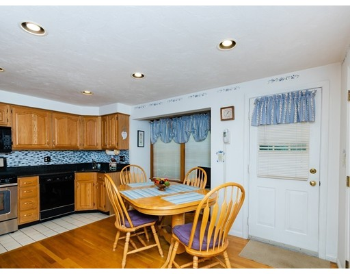 Picture 6 of 43 Merrymount Rd Unit B 12 Quincy Ma 3 Bedroom Condo
