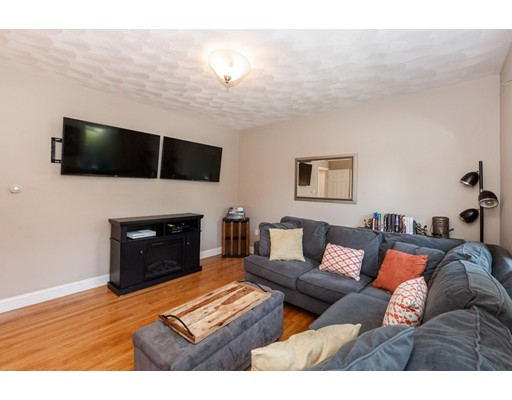 Picture 4 of 7 Pine St  Stoneham Ma 2 Bedroom Single Family