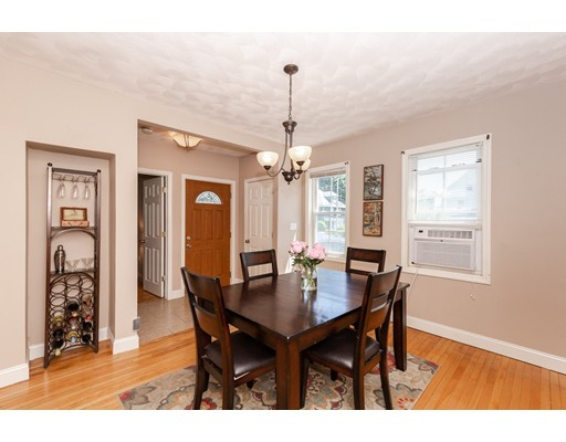 Picture 8 of 7 Pine St  Stoneham Ma 2 Bedroom Single Family