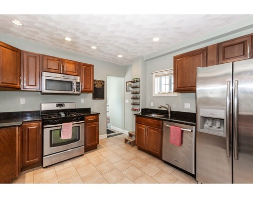 Picture 10 of 7 Pine St  Stoneham Ma 2 Bedroom Single Family