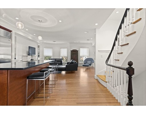 Picture 5 of 26 Rutland Sq Unit 3 Boston Ma 2 Bedroom Condo