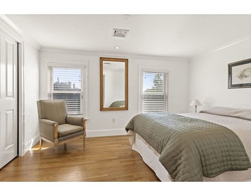 Picture 13 of 26 Rutland Sq Unit 3 Boston Ma 2 Bedroom Condo