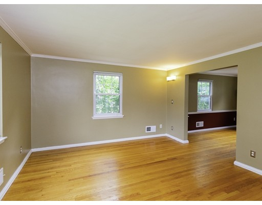 Picture 3 of 83 Carroll St Unit 83 Watertown Ma 3 Bedroom Condo