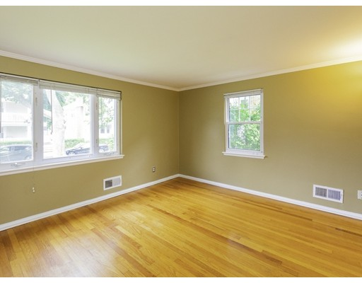 Picture 4 of 83 Carroll St Unit 83 Watertown Ma 3 Bedroom Condo