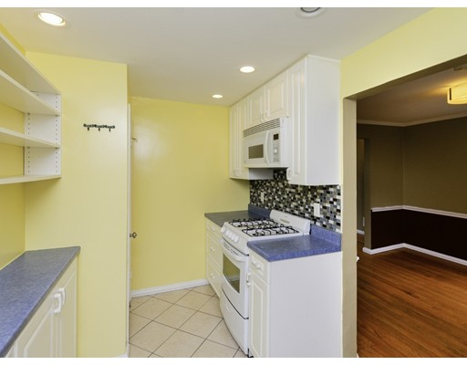 Picture 9 of 83 Carroll St Unit 83 Watertown Ma 3 Bedroom Condo