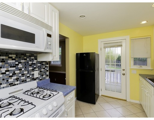 Picture 10 of 83 Carroll St Unit 83 Watertown Ma 3 Bedroom Condo