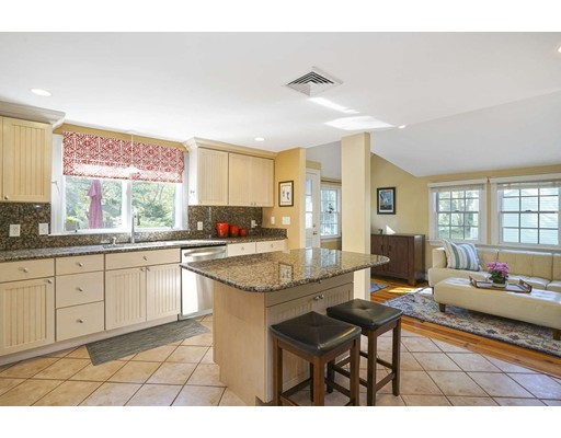Picture 8 of 20 Manning St  Lexington Ma 3 Bedroom Single Family