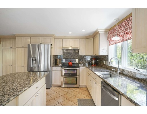 Picture 10 of 20 Manning St  Lexington Ma 3 Bedroom Single Family