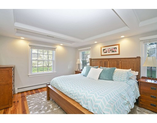 Picture 12 of 20 Manning St  Lexington Ma 3 Bedroom Single Family
