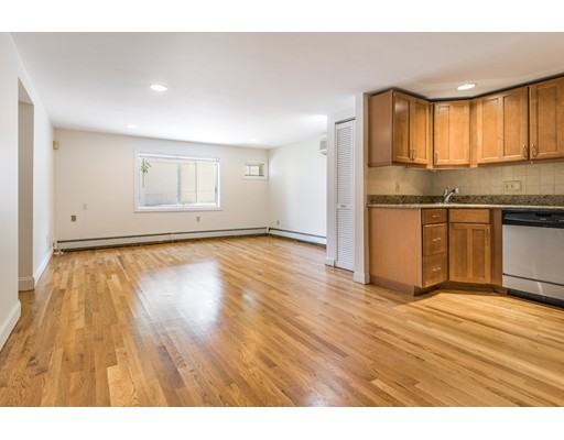 Picture 5 of 95 Clifton St Unit L2 Malden Ma 2 Bedroom Condo