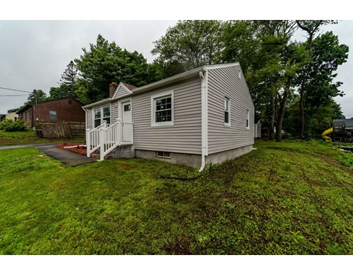 Picture 4 of 55 Muriel Ter  Haverhill Ma 2 Bedroom Single Family