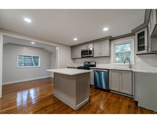 Picture 5 of 55 Muriel Ter  Haverhill Ma 2 Bedroom Single Family