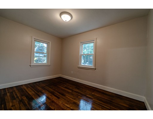Picture 12 of 55 Muriel Ter  Haverhill Ma 2 Bedroom Single Family