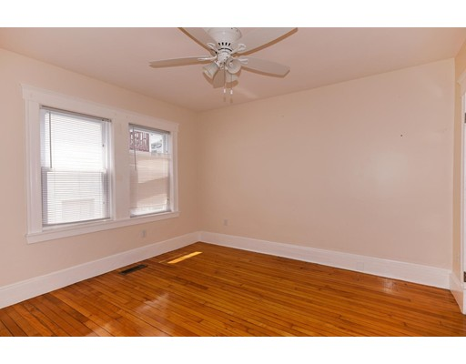 Picture 12 of 72 Edenfield Ave Unit 72 Watertown Ma 4 Bedroom Condo