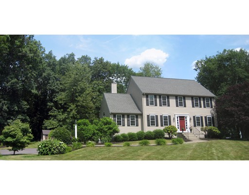 38 Charles Dr, Franklin, MA 02038
