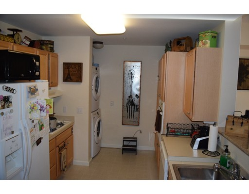 Picture 4 of 38 Village Rd Unit 407 Middleton Ma 1 Bedroom Condo
