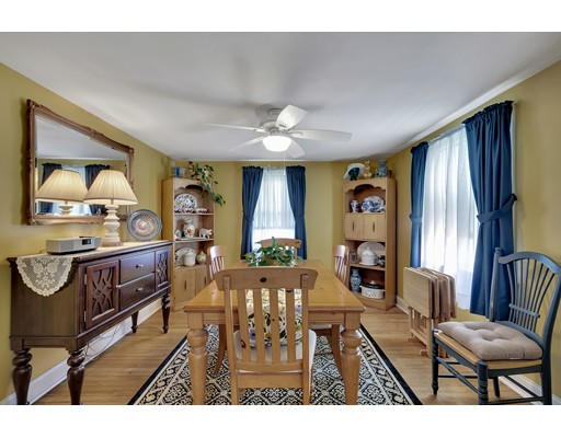 Picture 8 of 146 Green St  Woburn Ma 2 Bedroom Single Family