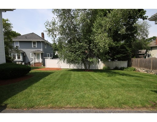 Picture 5 of 19 Sagamore Park  Medford Ma 4 Bedroom Single Family