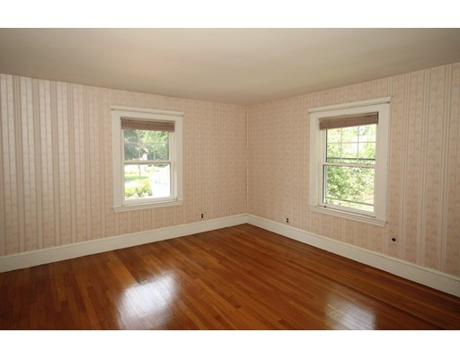 Picture 13 of 19 Sagamore Park  Medford Ma 4 Bedroom Single Family