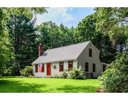 Picture 2 of 41 Wagonwheel Rd  Sudbury Ma 3 Bedroom Single Family