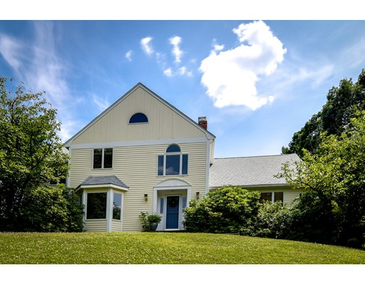Picture 1 of 25 Arbor Cir  Natick Ma  4 Bedroom Single Family#