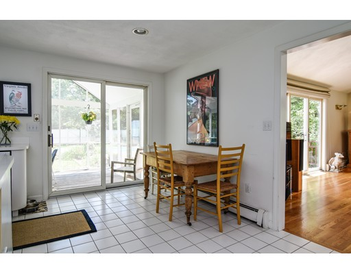 Picture 10 of 25 Arbor Cir  Natick Ma 4 Bedroom Single Family