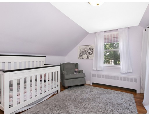 Picture 9 of 41 Watervale Rd  Medford Ma 3 Bedroom Single Family