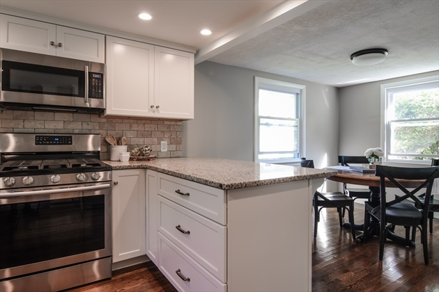 Picture 5 of 14 Fern St  Natick Ma 4 Bedroom Single Family