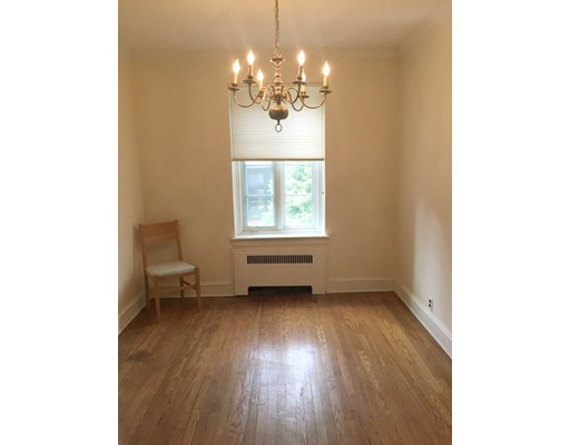 Picture 6 of 11 Monmouth Ct Unit 4 Brookline Ma 2 Bedroom Condo