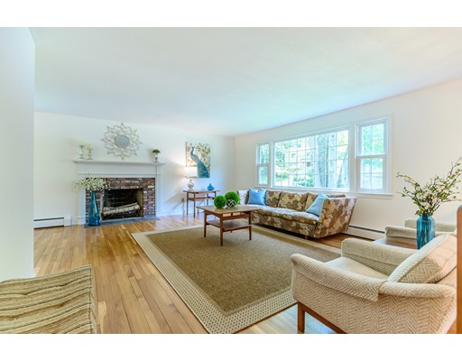 Picture 4 of 8 Bradley Rd  Andover Ma 4 Bedroom Single Family