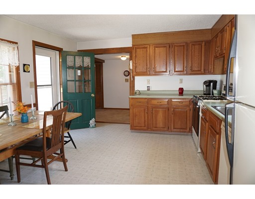 Picture 3 of 81 Littleton Rd  Chelmsford Ma 2 Bedroom Single Family