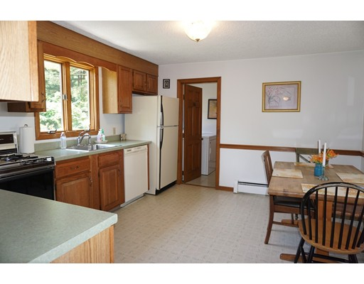 Picture 4 of 81 Littleton Rd  Chelmsford Ma 2 Bedroom Single Family