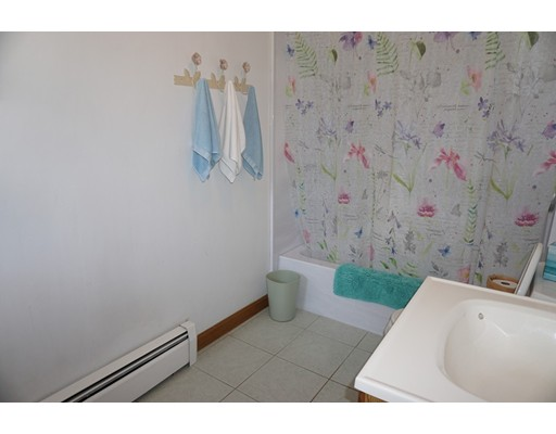Picture 5 of 81 Littleton Rd  Chelmsford Ma 2 Bedroom Single Family