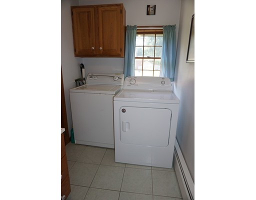 Picture 6 of 81 Littleton Rd  Chelmsford Ma 2 Bedroom Single Family