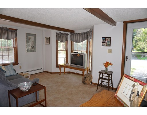Picture 9 of 81 Littleton Rd  Chelmsford Ma 2 Bedroom Single Family