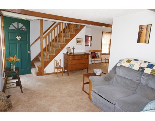 Picture 10 of 81 Littleton Rd  Chelmsford Ma 2 Bedroom Single Family