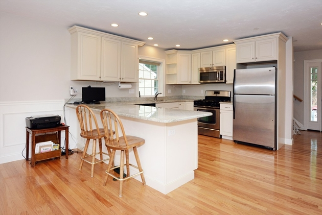 Picture 5 of 138 Holten St Unit 3 Danvers Ma 2 Bedroom Condo