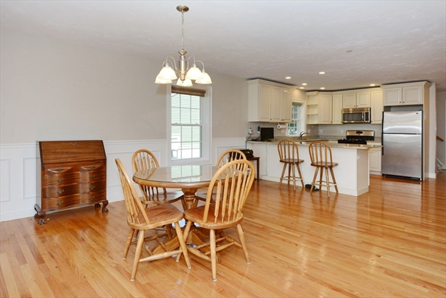 Picture 7 of 138 Holten St Unit 3 Danvers Ma 2 Bedroom Condo