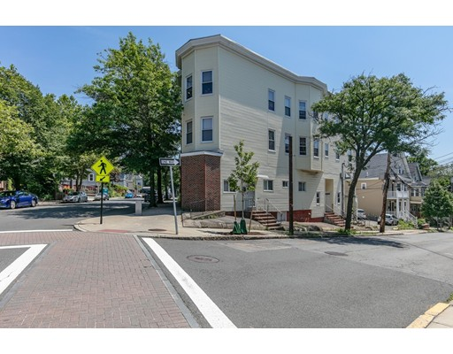 Picture 2 of 480 Medford St Unit 3 Somerville Ma 1 Bedroom Condo