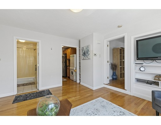 Picture 6 of 480 Medford St Unit 3 Somerville Ma 1 Bedroom Condo