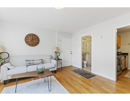 Picture 7 of 480 Medford St Unit 3 Somerville Ma 1 Bedroom Condo