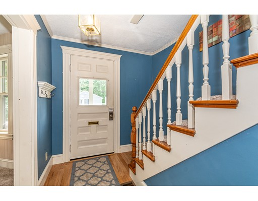 Picture 12 of 58 Auburn St  Saugus Ma 3 Bedroom Single Family