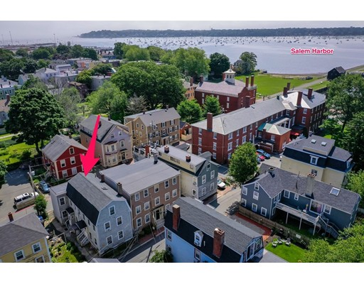 Picture 9 of 7 Curtis St  Salem Ma 6 Bedroom Multi-family
