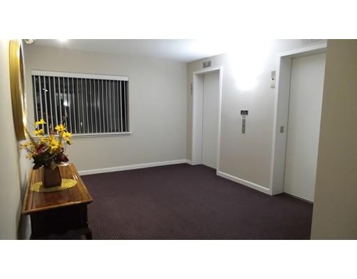 Picture 7 of 666 Main Unit 4410 Winchester Ma 2 Bedroom Condo