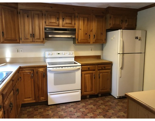 Picture 5 of 78 Draper Rd  Wayland Ma 2 Bedroom Single Family