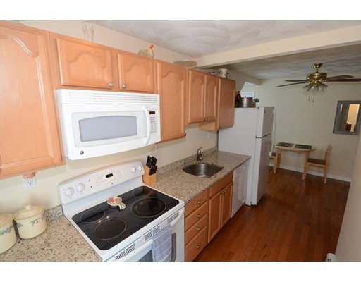 Picture 4 of 295 Water St  Wakefield Ma 4 Bedroom Multi-family