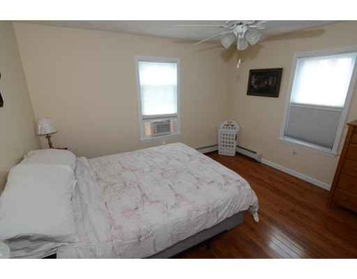Picture 7 of 295 Water St  Wakefield Ma 4 Bedroom Multi-family