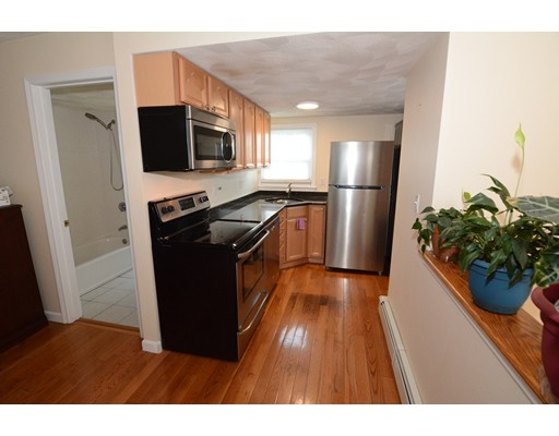 Picture 12 of 295 Water St  Wakefield Ma 4 Bedroom Multi-family
