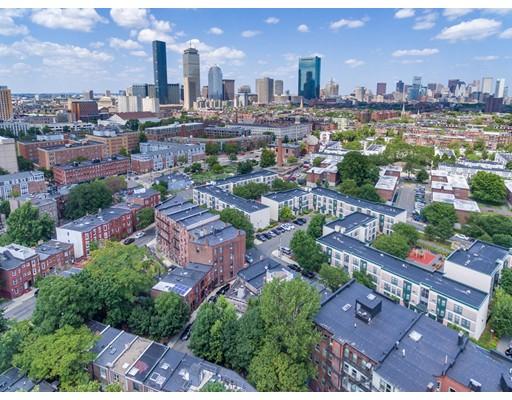 Hammond St, Boston, MA 02120